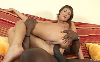 First time anal fucking by a big black dick for an amateur chick