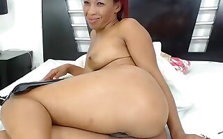 claudyowen secret clip on 07/11/15 03:09 from Chaturbate